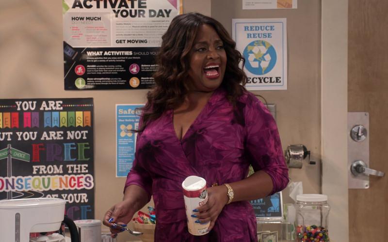 First Street Coffee Creamer Held by Sherri Shepherd as Paula Madison in Mr. Iglesias S03E05