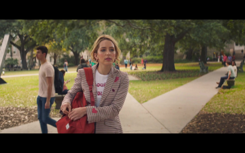 Herschel Backpack of Jessica Rothe as Jennifer Carter in All My Life (2020)