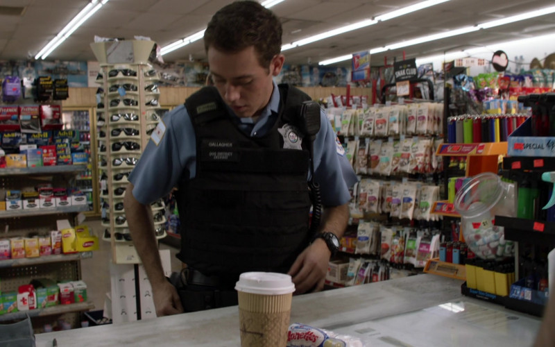 Hostess Donettes Mini Donuts of Ethan Cutkosky as Carl Gallagher in Shameless S11E03 Frances Francis Franny Frank (2020)