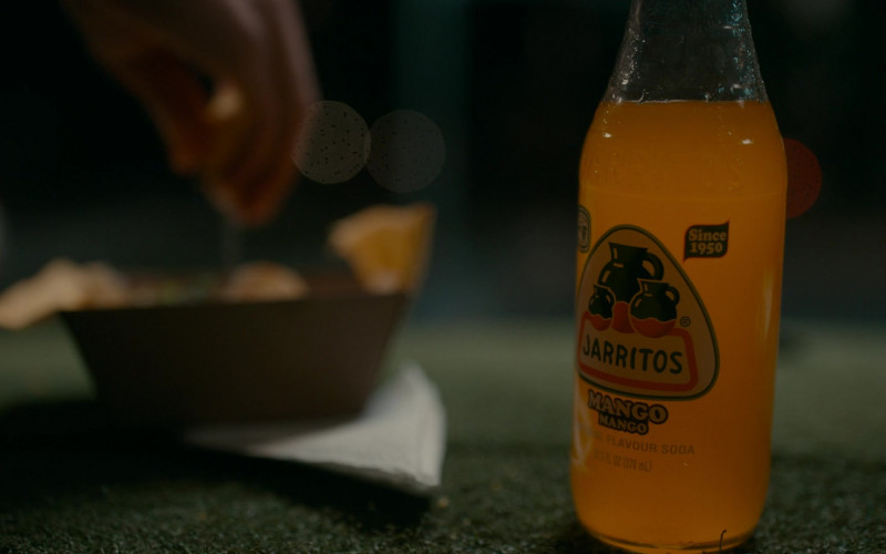 Jarritos Mango Soft Drinks Enjoyed by Sarah Pidgeon as Leah Rilke in The Wilds S01E01 (2)