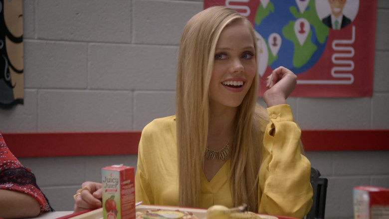 Juicy Juice 100% Apple Juice of Annalisa Cochrane as Yasmine in Cobra Kai S01E02 (1)