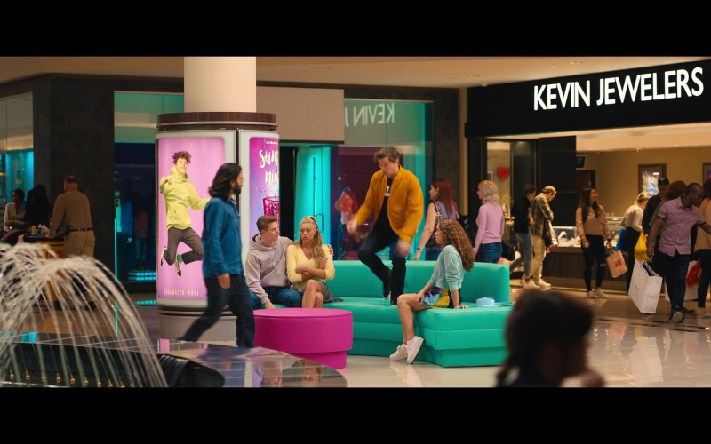 Kevin Jewelers Store in The Prom (2020)