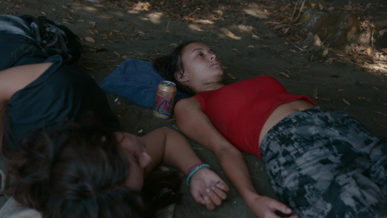LaCroix Sparkling Water Can of Erana James as Toni Shalifoe in The Wilds S01E06 Day Twelve (1)