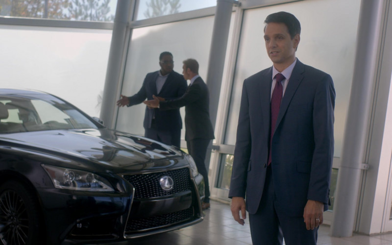 Lexus LS Black Car in Cobra Kai S01E04 Cobra Kai Never Dies (2018)