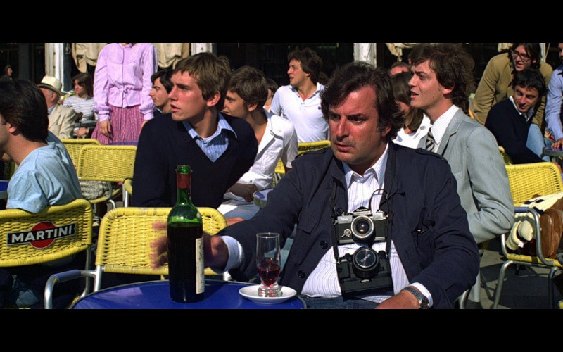 Martini Ad on Chair and Two Canon Cameras in Moonraker (1979)