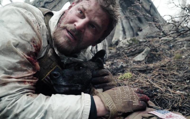 Mechanix Gloves of David Boreanaz as Master Chief Special Warfare Operator Jason Hayes in SEAL Team S04E01 (1)