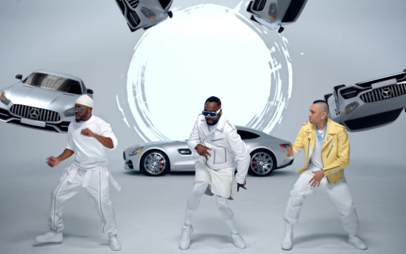 Mercedes-Benz GT-Class Cars in Girl Like Me by Black Eyed Peas (4)