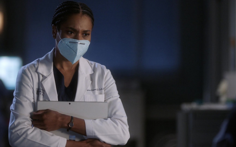 Microsoft Surface Tablet of Kelly McCreary as Maggie Pierce in Grey's Anatomy S17E06