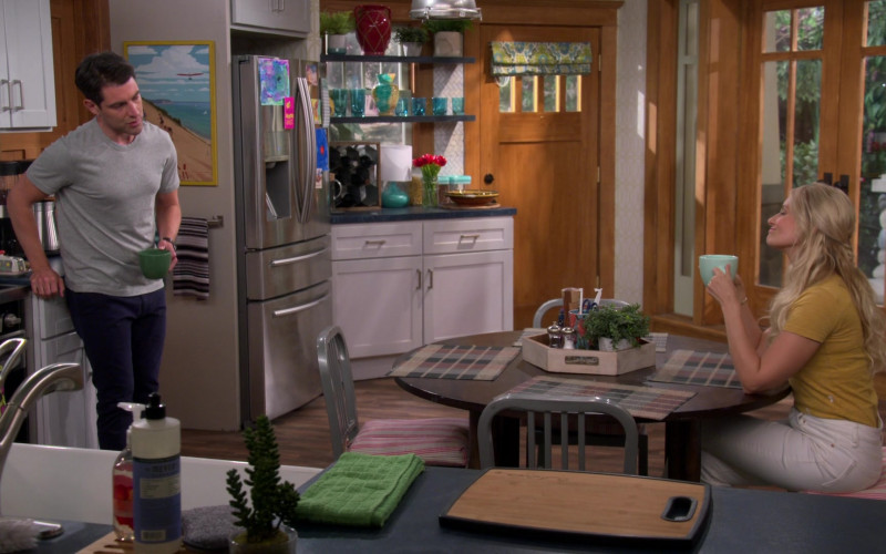 Mrs. Meyer's Clean Day Liquid Hand Soap in The Neighborhood S03E03 TV Show