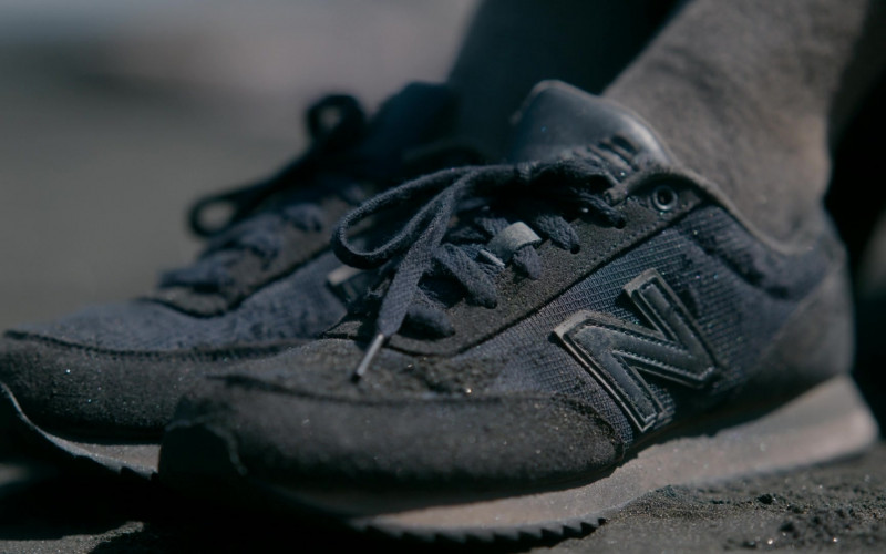 New Balance Women's Shoes of Helena Howard as Nora Reid in The Wilds S01E10 Day Twenty-Three (1)