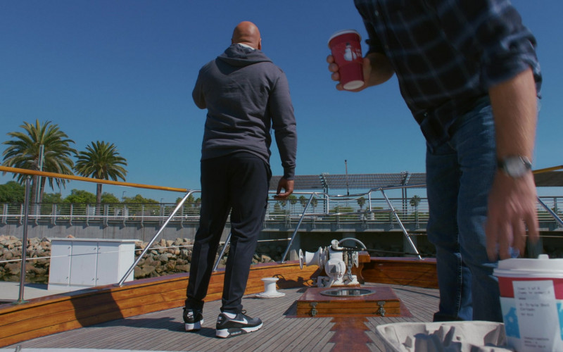 Nike Air Max 90 Sneakers of LL Cool J as Sam Hanna in NCIS Los Angeles S12E06