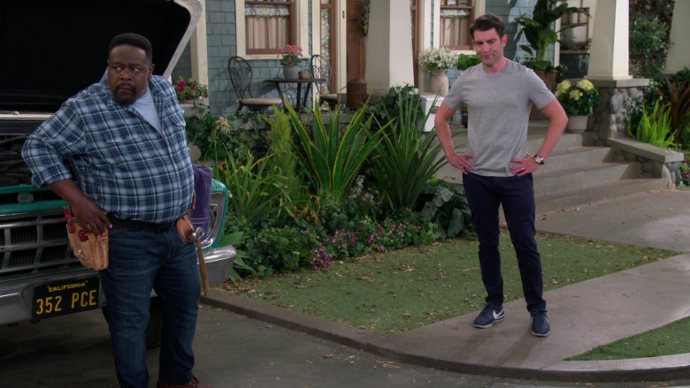 Nike Cortez Blue Sneakers of Max Greenfield as Dave in The Neighborhood S03E03 TV Show (2)