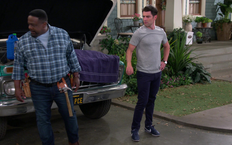 Nike Cortez Blue Sneakers of Max Greenfield as Dave in The Neighborhood S03E03 TV Show (3)