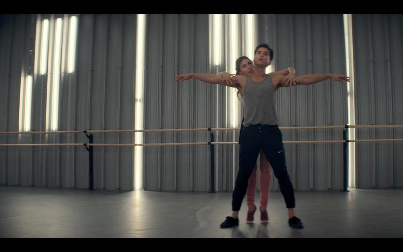 Nike Men's Pants of Michael Hsu Rosen as Nabil in Tiny Pretty Things S01E06 (1)
