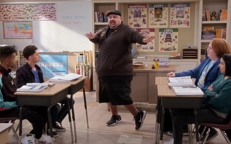 Nike Men's Sneakers & Socks of Gabriel 'Fluffy' Iglesias in Mr. Iglesias S03E01 (3)