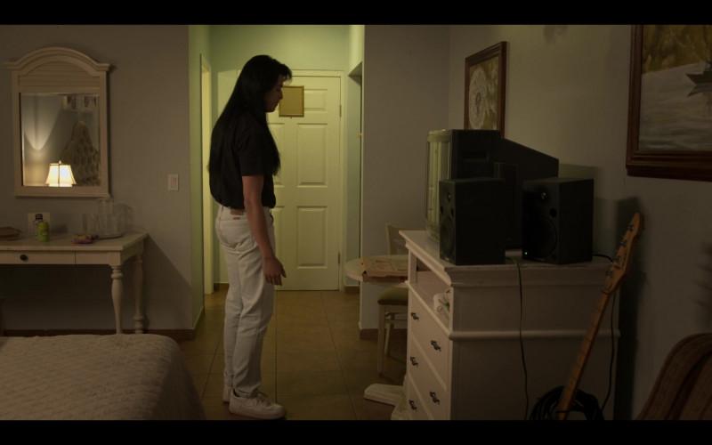 Nike Men's White Sneakers in Selena The Series S01E09 (1)