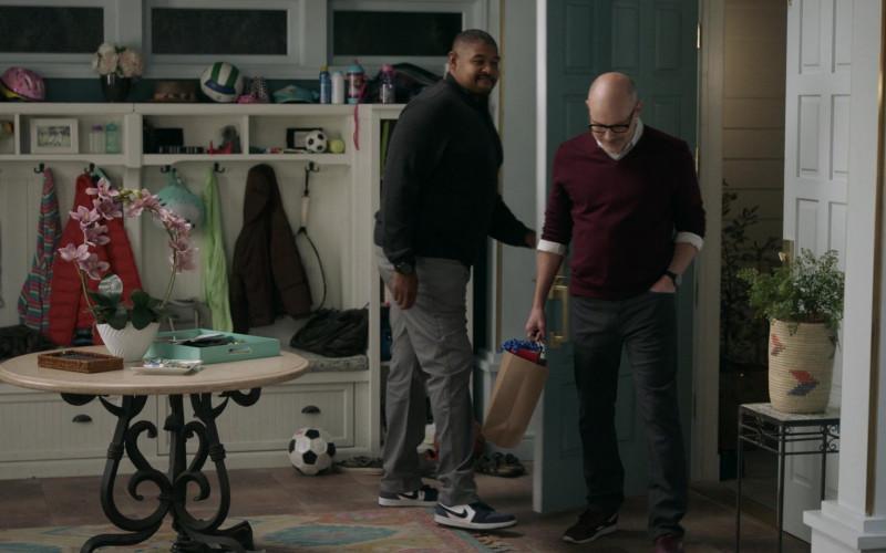 Nike Sneakers of Omar Benson Miller as Ben in The Unicorn S02E03