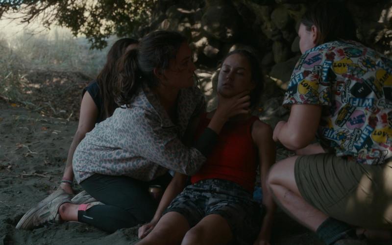 Reebok Women's Sneakers of Sarah Pidgeon as Leah Rilke in The Wilds S01E06 Day Twelve