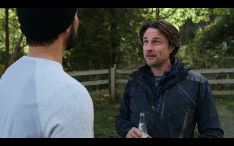 Showers Pass Atlas Jacket of Martin Henderson as Jack Sheridan in Virgin River S02E05 TV Show