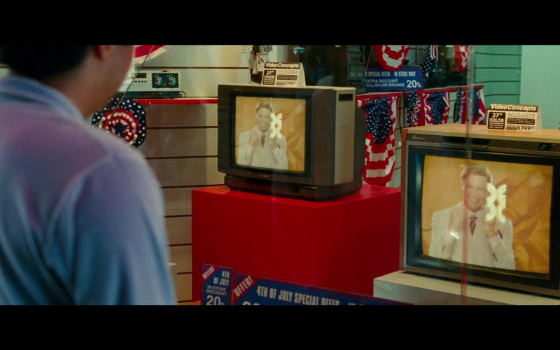 Sony TV in Wonder Woman 1984 (2020)