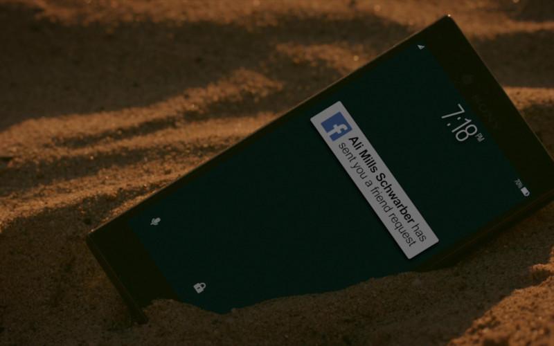 Sony Xperia Smartphone & Facebook App in Cobra Kai S02E10 No Mercy (2019)