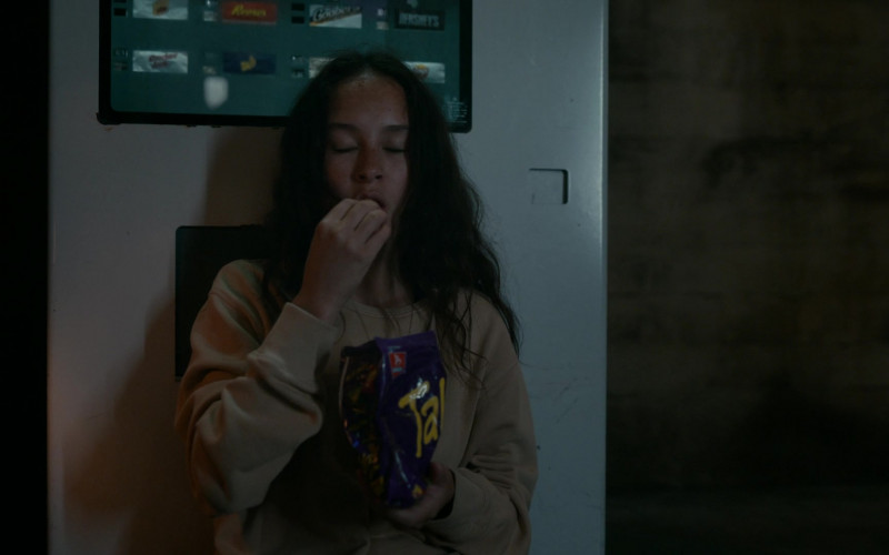 Takis Chips Enjoyed by Erana James as Toni Shalifoe in The Wilds S01E04 Day Six (1)