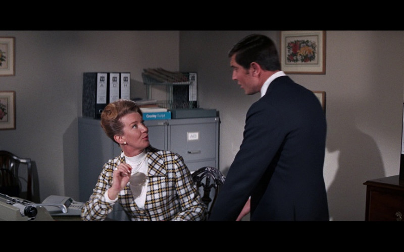 VR Arch Files in On Her Majesty's Secret Service (1969)