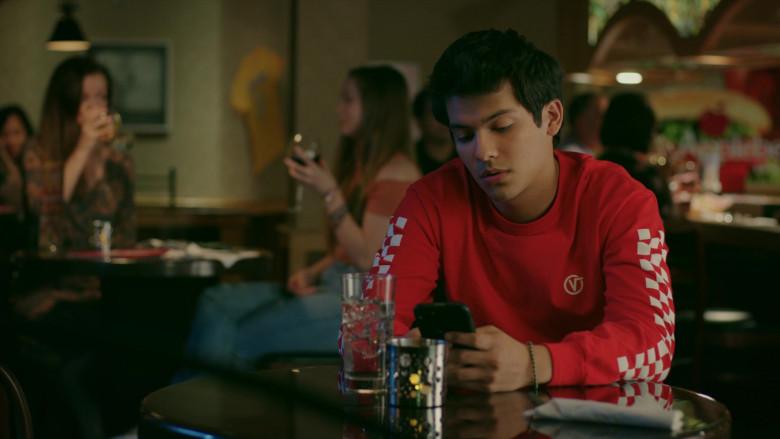 Vans Classic Circle V Red Long Sleeve T-Shirt of Xolo Maridueña as Miguel Diaz in Cobra Kai S02E01 (1)