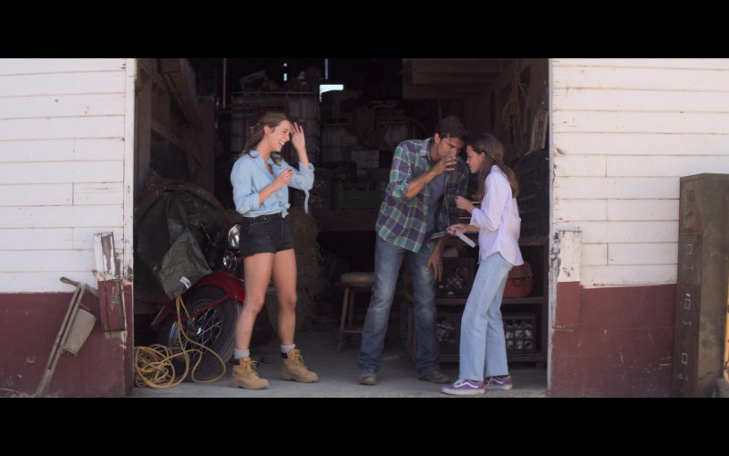 Vans Shoes of Natalia Mann as Hannah in A California Christmas (2020)
