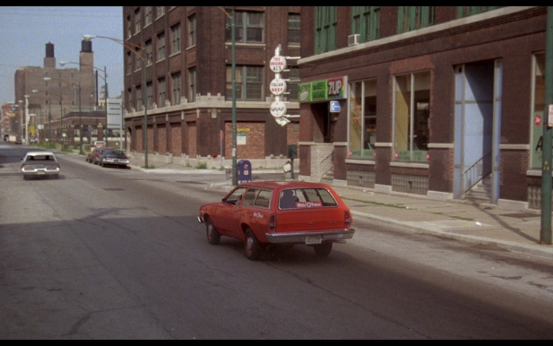 7UP Sign in The Blues Brothers (1980)