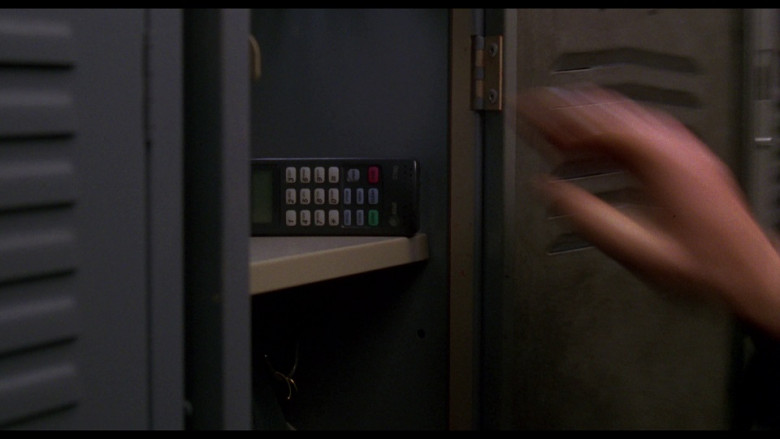 AT&T 3780 mobile phone in Ransom (1996)