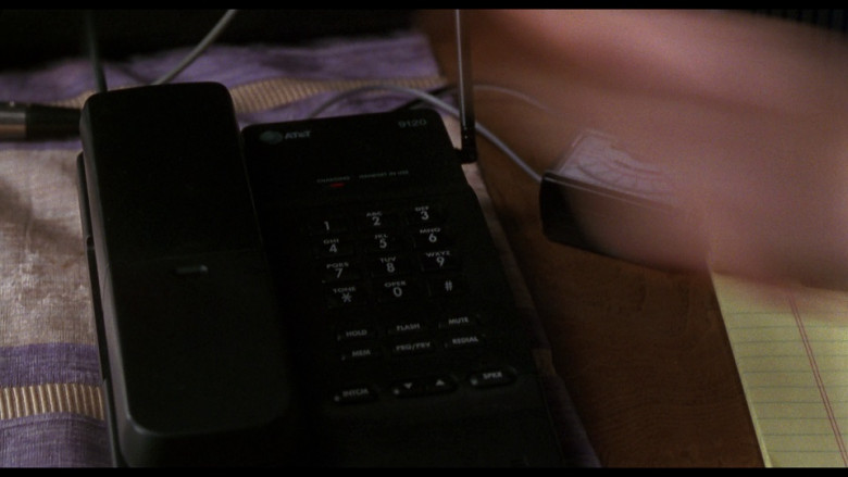 AT&T 9120 Telephone in Ransom (1996)