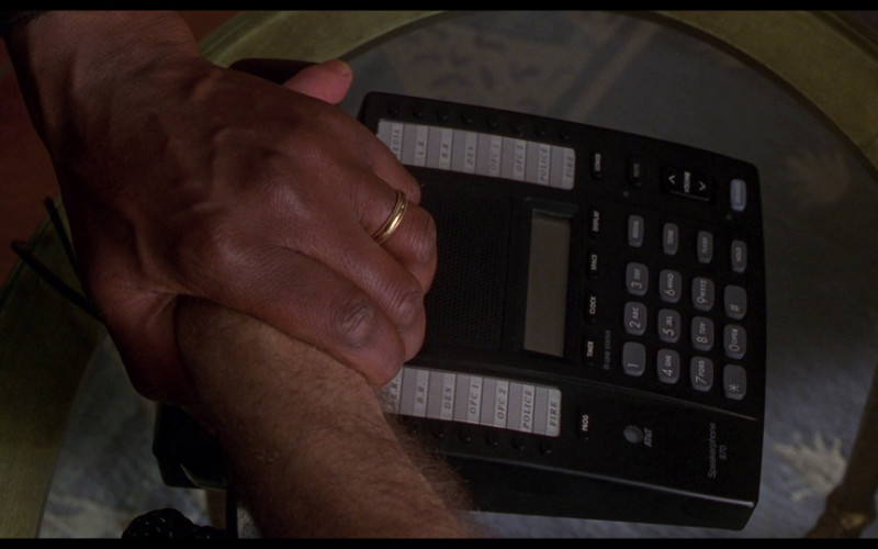 AT&T Speakerphone 870 in Ransom (1996)