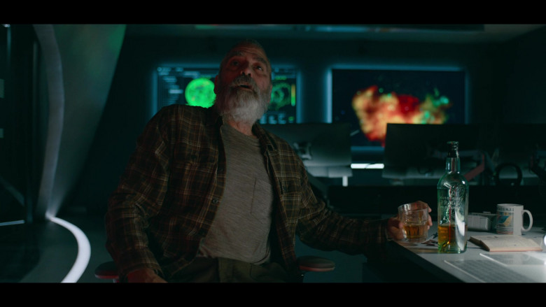 Actor George Clooney as Augustine Enjoying Highland Park Whisky The Midnight Sky Movie (1)
