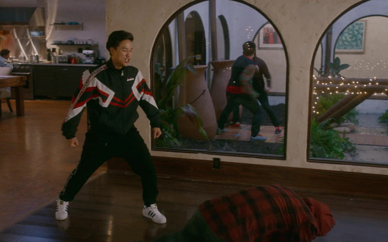 Adidas Superstar Men's White Sneakers of Joe Seo as Kyler in Cobra Kai S03E10 (1)