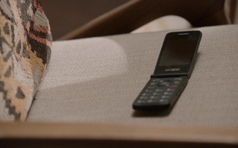 Alcatel Mobile Phones in The Blacklist S08E03 (1)
