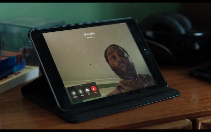 Apple FaceTime App in Locked Down (2021)
