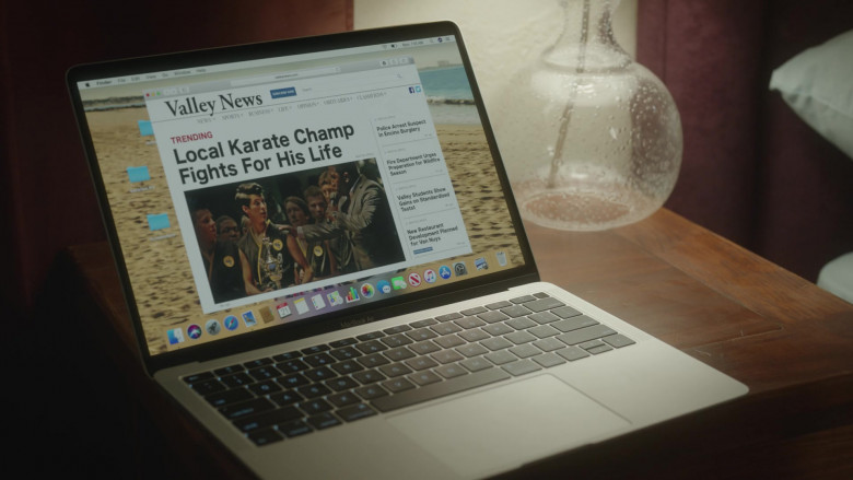 Apple MacBook Air Laptop in Cobra Kai S03E01 Aftermath (2021)