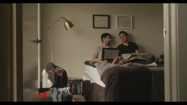 Apple MacBook Laptop Used by Actor James Lafferty as Jeremy Davis in Everyone Is Doing Great S01E07
