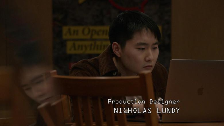 Apple MacBook Laptop of Alex Shimizu as Tadashi Ito in The Blacklist S08E04 Elizabeth Keen (2021)