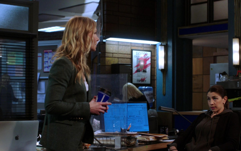 Apple MacBook Laptops in Law & Order Special Victims Unit S22E06 (1)