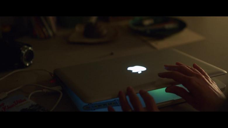 Apple MacBook Pro Laptop Used by Naomi Watts as Sam Bloom in Penguin Bloom (1)