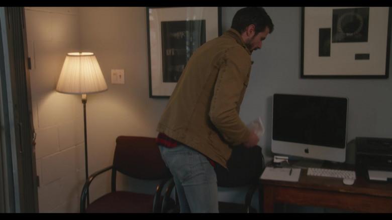 Apple iMac Computer in Everyone Is Doing Great S01E07 Workin' on Workin' (1)