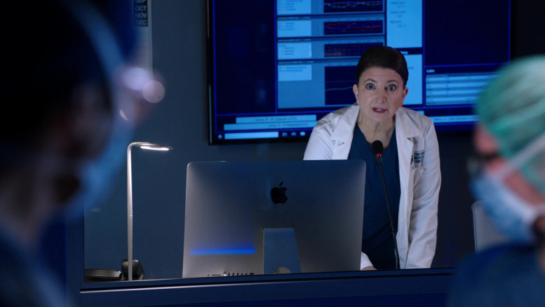 Apple iMac Computers in Chicago Med S06E04 (4)