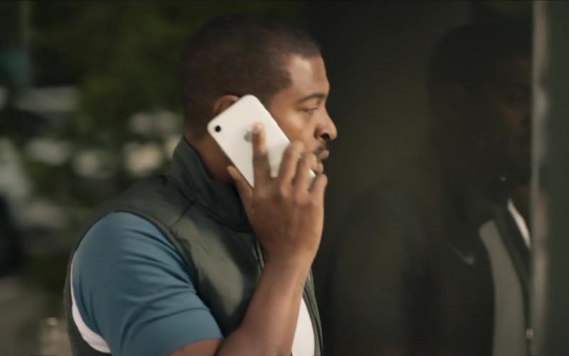 Apple iPhone Smartphone of Noel Clarke as Aaron 'Bish' Bishop in Bulletproof S03E01