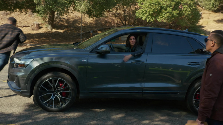 Audi Q8 Car of Daniela Ruah as Kensi Blye in NCIS Los Angeles S12E08 (2)