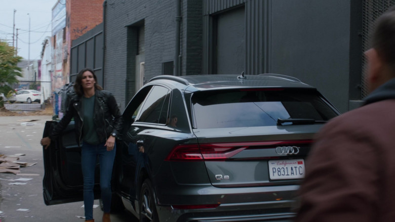 Audi Q8 Car of Daniela Ruah as Kensi Blye in NCIS Los Angeles S12E08 (3)