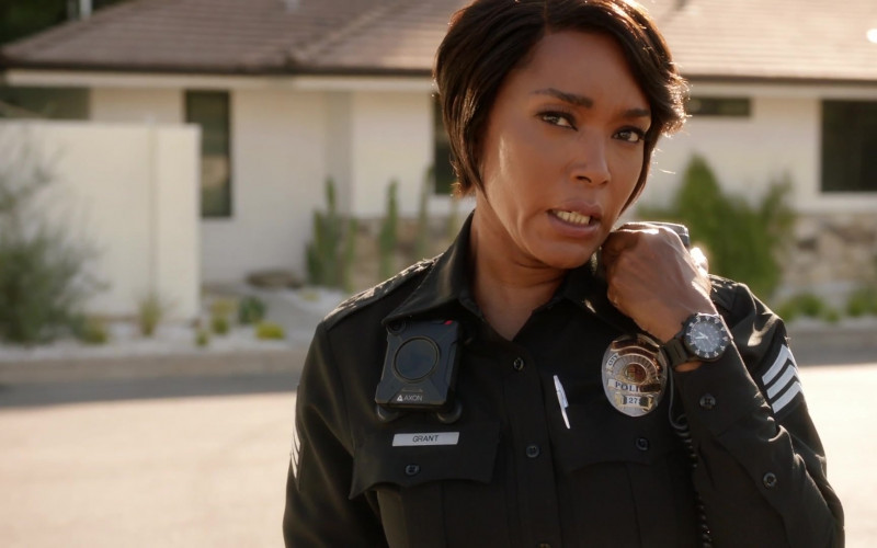 Axon Body Camera of Angela Bassett as Athena Carter Grant Nash in 9-1-1 S04E01 (1)