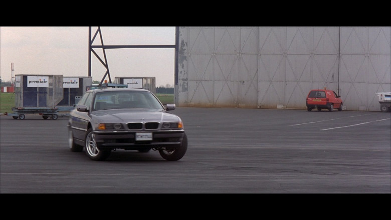 BMW 750iL Car in Tomorrow Never Dies (1)