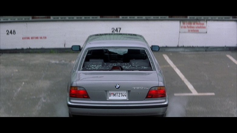 BMW 750iL Car in Tomorrow Never Dies (2)